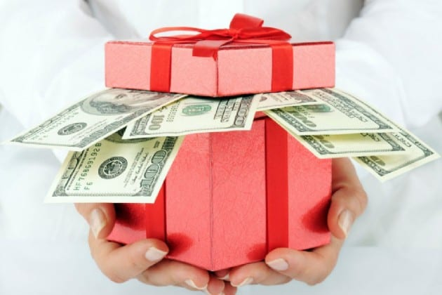 13 Ways To Make Money from Home for The Holidays